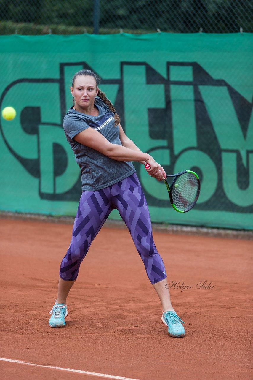 Lena GReiner 1